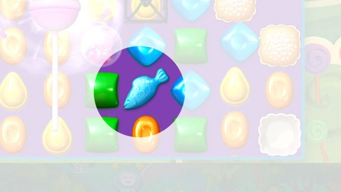 using the candy crush soda saga fish booster